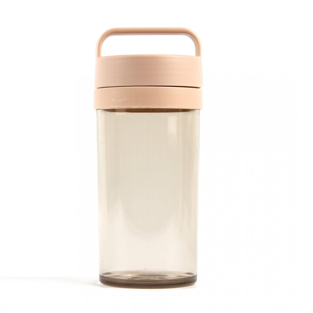 Бутылка пластиковая розового цвета 390 мл